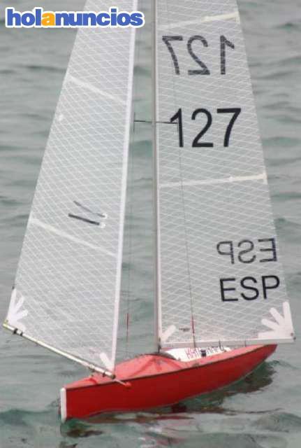 VENDIDO VINAIXA YACHTS V6 - CLASE IOM - Modelismo naval
